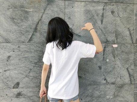 如何让你有污渍的白色T恤在10分钟内立刻变白?不用谢,请叫我雷锋。